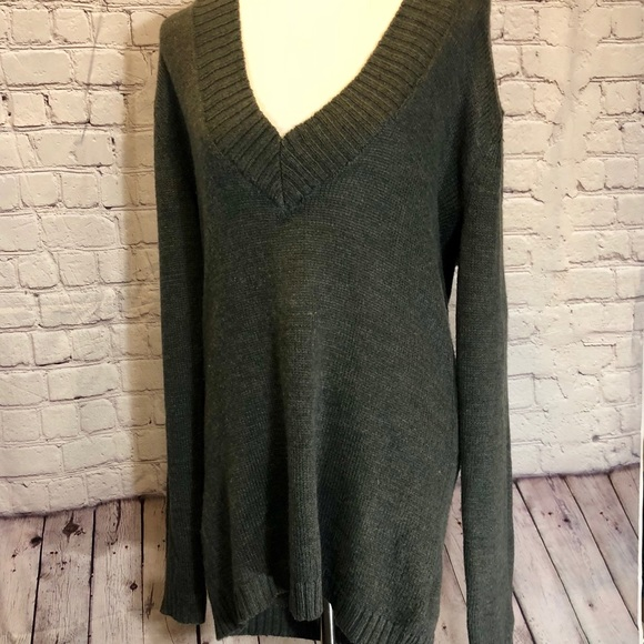 c76a866af161f Derek Heart Sweaters - Derek Heart Plus Size Deep V Hooded Sweater